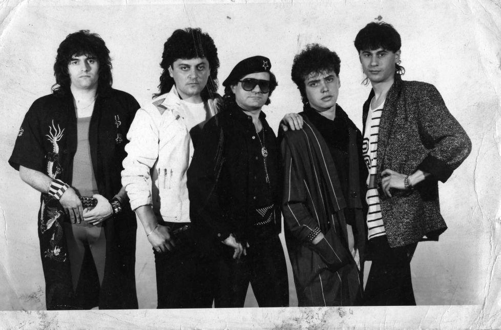 trupa comact 5 membri 1989